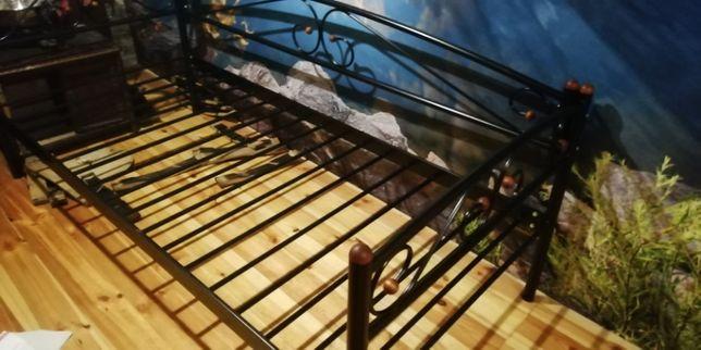 Кровать стильная железная новая(90 на 200, высота 30)