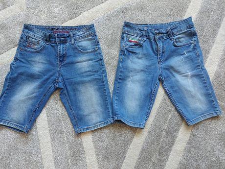 Продам джинсовые шорты на 10-12лет.