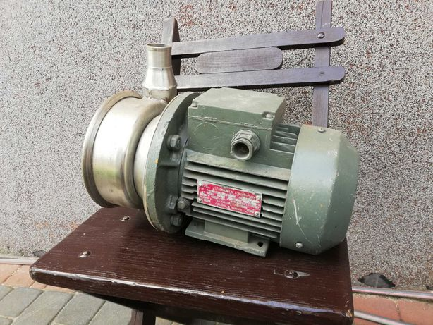 Pompa z silnikiem