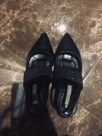 Туфли лодочки на каблуку