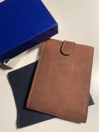 Zamszowy brązowy męski portfel NOWY elegancki włoski levis prezent