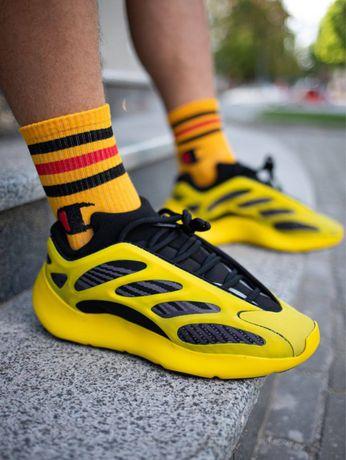 Кроссовки Adidas Yeezy boost 700 v3 аzael yellow black