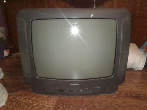 """СНИЖЕНА ЦЕНА---"""" телевизоры GoldStar (LG) диагональ 54 см и 45 см."""