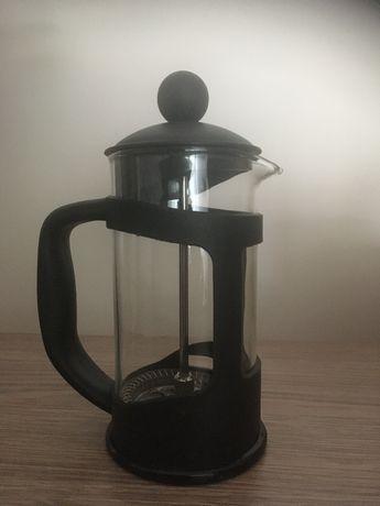 zaparzacz do kawy lub herbaty