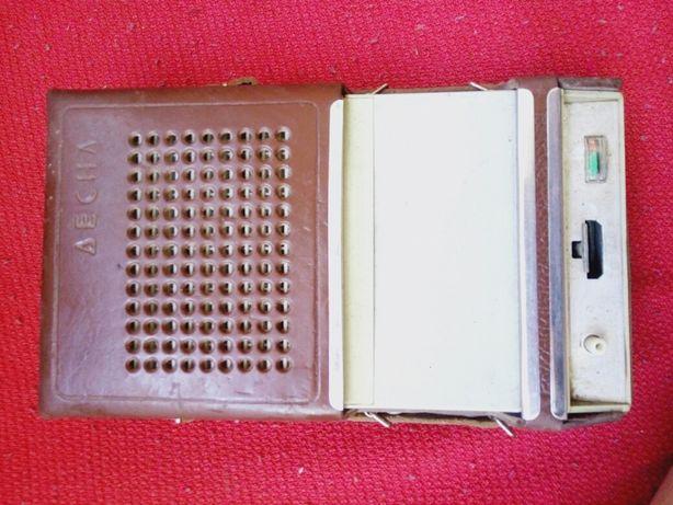 Магнитофон Десна,  электроника мк-61, ФМ радио фонарь