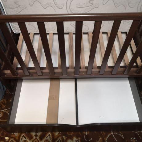 Дитяче ліжечко від 0 до 3 років