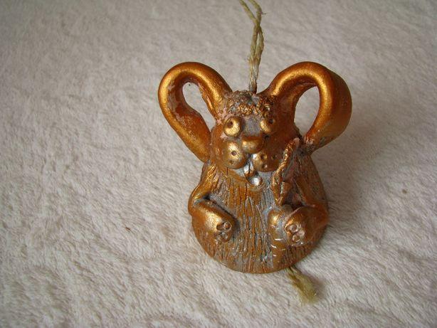 Zajączek wielkanocny – złoty dzwoneczek, dzwonek wielkanocny