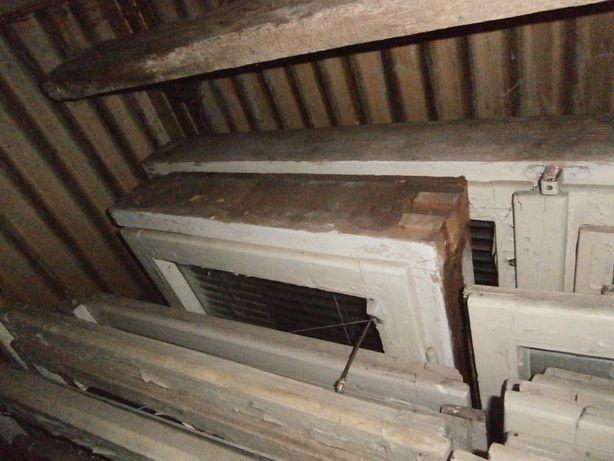 Okno drewniane 1 skrzydłowe z futryną, 58 x 142, zdemontowane
