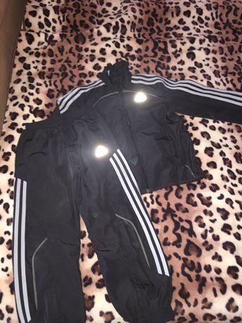 Спортивный костюм Adidas 128 рост