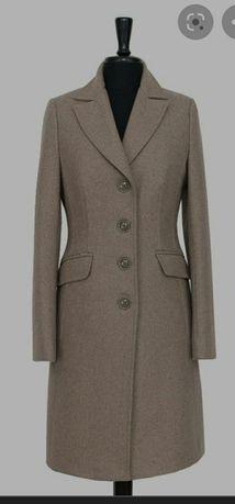 Klasyczny płaszcz wełniany 38 Huna