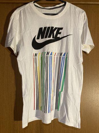 Koszulka Nike International Swoosh logo