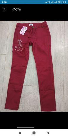 Джинсы, брюки, штаны р.140см + подарок!!!