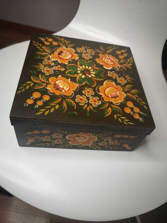 Malowane ręcznie pudełko
