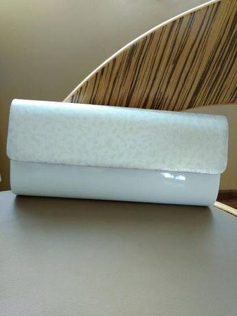 Torebka kopertówka biała