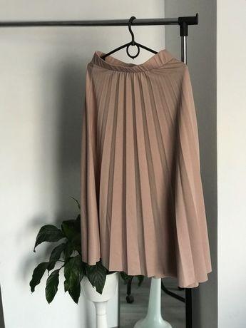 Жіночий одяг , Спідниця