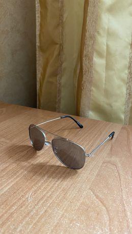 Солнцезащитные отражающие очки