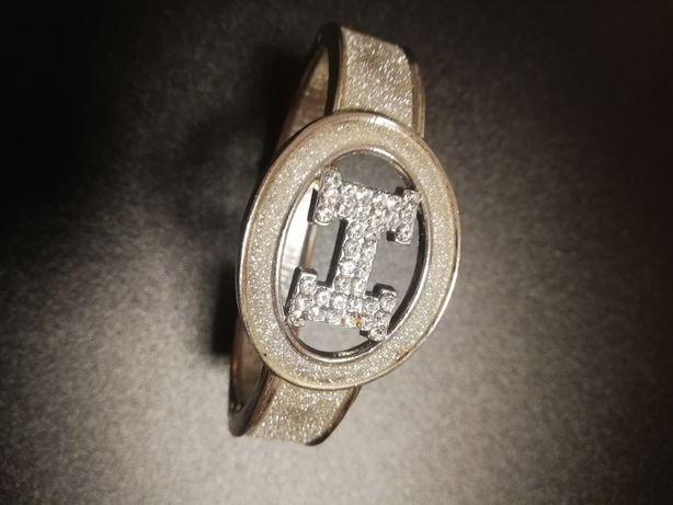 Bransoletka Hermes z kryształkami.