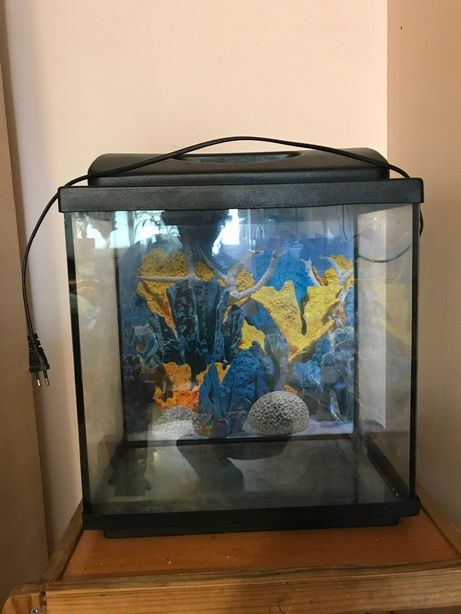 Продам аквариум 30 лит. можно использовать как террариум