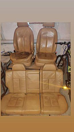 Fotele komplet skoda octavia 1 l&k laurin klement