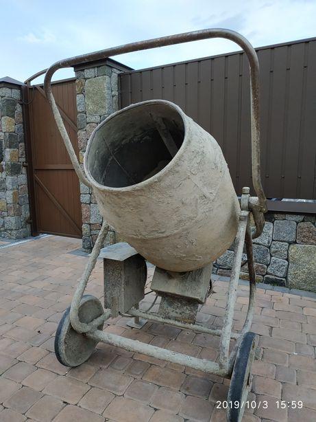 Прокат інструмента, бетономішалка, бетонозмішувач, оренда, подобово.