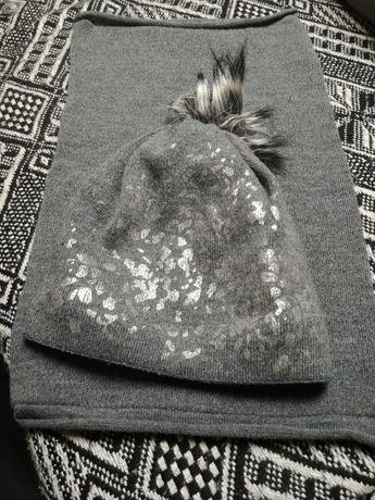 Cieplutka czapka z kominem srebro-szara