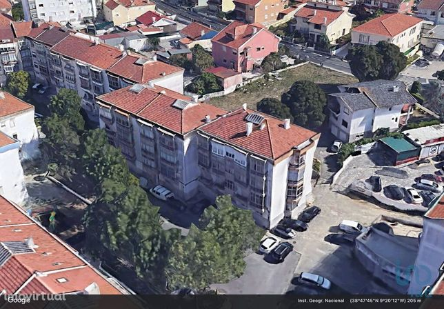 Apartamento - 98 m² - T2