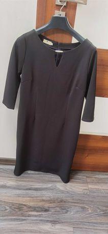 Klasyczna czarna sukienka Luiza 42