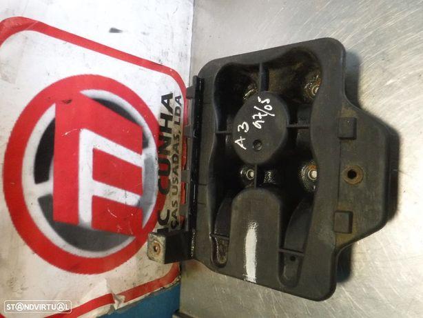 Base da Bateria Volkswagen Golf IV / Audi A3 8L