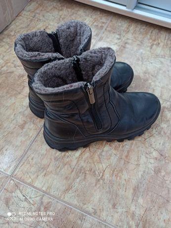 Продам  зимние батинки кожа 38р.