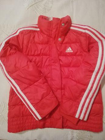 Куртка ,, adidas,, на девочку 7- 8 лет,