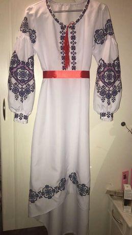 вышиванка(платье,юбка,рубашка,сорочка)ручной работы (бисер,нитки)
