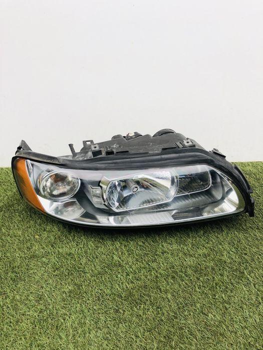Lampa prawa volvo xc70 v70 xenon idealna uzbrojona europa demontaż Trzcianka - image 1