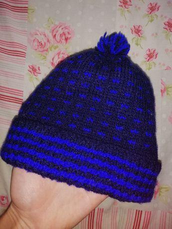 Теплая шапка 3-4 года