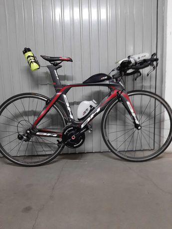 """Bicicleta BH Aerolight TT contra-relógio Triatlo (sem rodas) """"S"""""""
