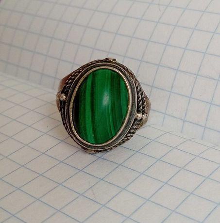 Кольцо с камнем малахит Серебро 875 звезда  СССР