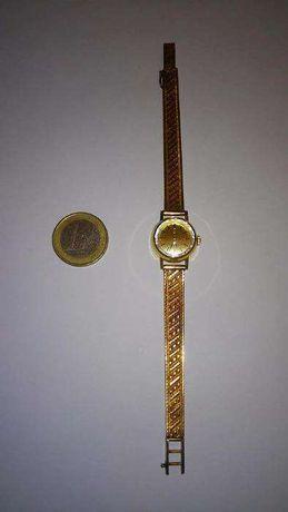 Relógio Omega em ouro