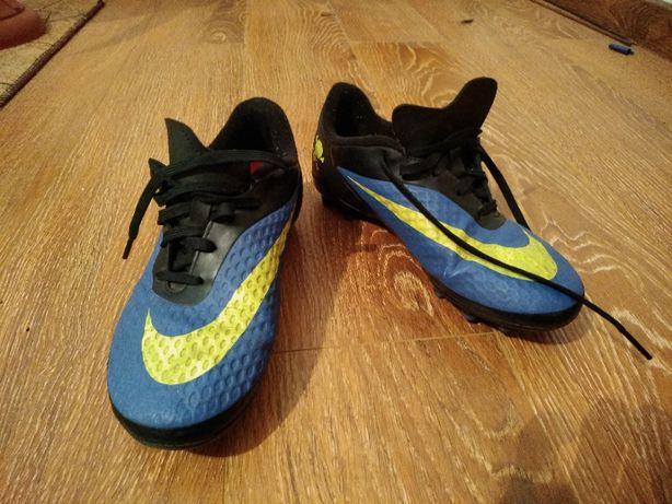 Бутсы Nike JR HyperVenom Phelon FG (38р)
