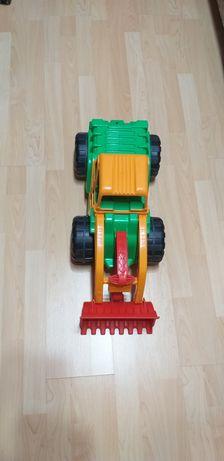 Трактор Екскаватор