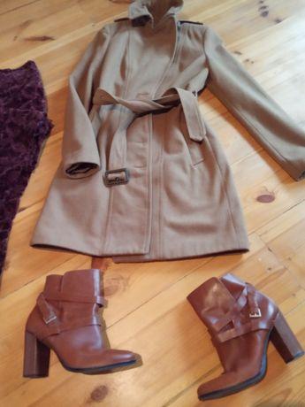 Пальто, цвет camel, с поясом