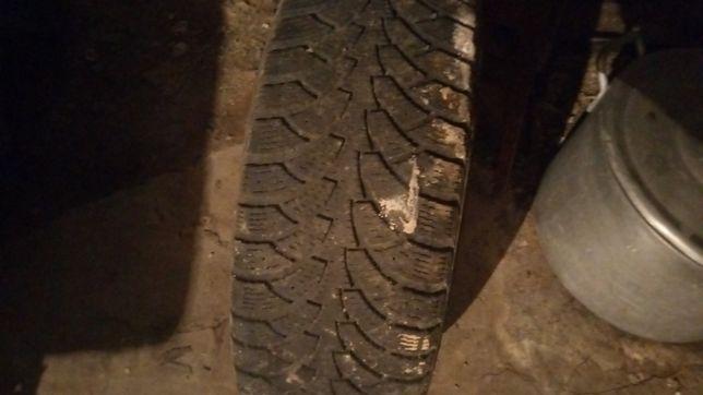 Обміняю 3 зимні шини в задовільному стані.Висота протектора 5мм