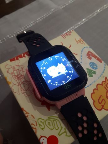 Smartwatch  sim .funkcja sos