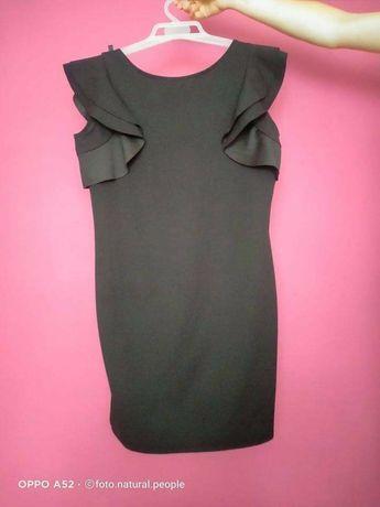 Czarna wizytowa sukienka