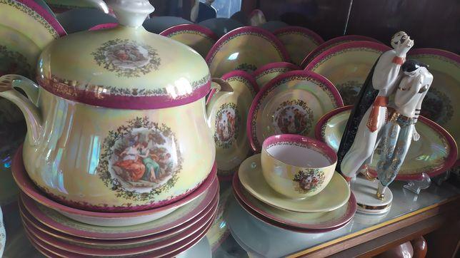 Уникальный набор посуды Мадонна
