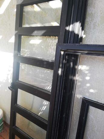Janelas e Portas pvc usadas Bom estado