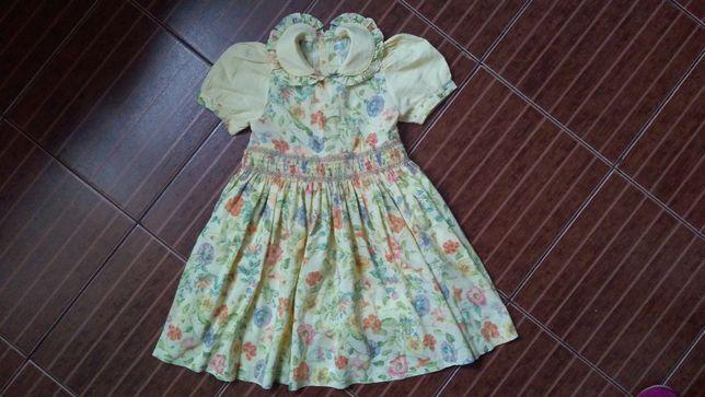 Нарядное платье с пышной юбочкой р.4-6 лет.