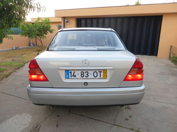 Mercedes-Benz C220 D / Óptimo estado / aceito retoma