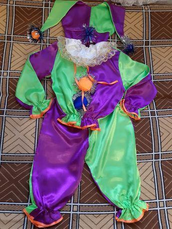 Новогодний костюм Петрушки. Карнавальный костюм на мальчика