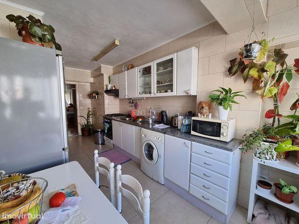 Apartamento T3 em Marvila