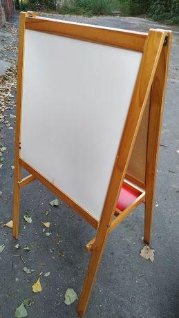 Продам мольберт, доску для рисования, напольную