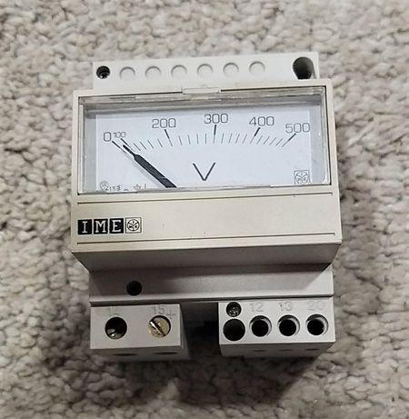 Voltímetro 0 a 500 V